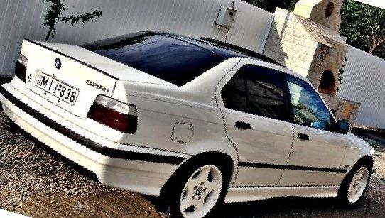 328i top of the range BMW E36
