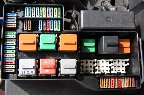 BMW E36 fuse box diagram / bmw-e36.com